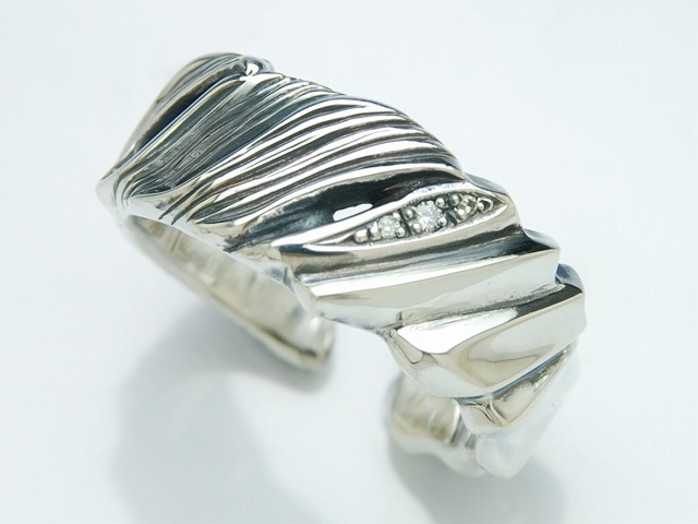 HALF FEATHER RING:WIDE